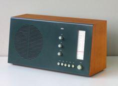 1961 Braun RT20 Tischsuper Tube Radio
