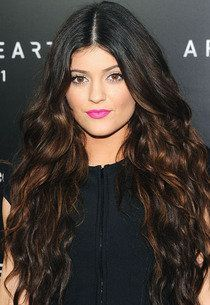 35 Kylie Jenner | Hair and lip color