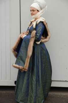 Durer gown, end of 15th century