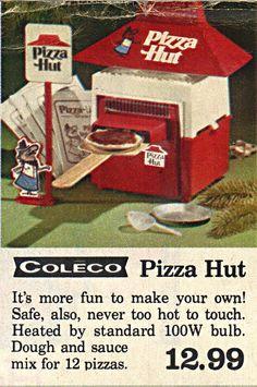 Retro Advertising, Vintage Advertisements, Vintage Ads, Pizza Hut, 1970s Toys, Vintage Baking, Vintage Restaurant, Vintage Recipes, Classic Toys