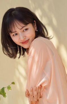 Aoyama, Medium Layered, Hair Photo, Short Cuts, Fashion Photo, Layers, Hair Styles, Pixie Cuts, Layering