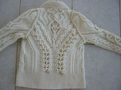 Ecru6 | Flickr - Photo Sharing! From Deepblacksea - stunning knitting. I hope they make patterns available!