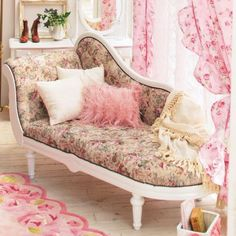 I SO badly want a fainting couch!  Perhaps without the back panel though.