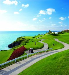Bermuda has more #golf coures per square mile than anywhere in the world! #Caribbean