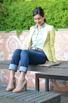15 Shiny Spring Outfit Ideas for Working Ladies  - It seems like winter has overstayed and it is time to say farewell and to welcome spring since it is already approaching. Spring seems to be the most ... -   - Get More at: http://www.pouted.com/15-shiny-spring-outfit-ideas-for-working-ladies/