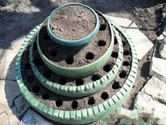 Repurposed tire planters.  Izismile.com