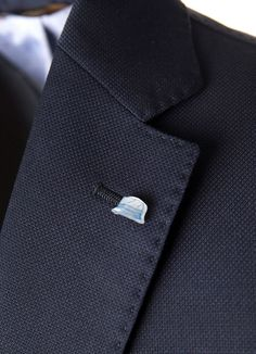#ConnemaraJacket details - Rain hat pocket  More on...⇒ https://store.angelonardelli.it/connemara-jacket/giacca-connemara-travel-jacket-color-blu-  #details #traveljacket #AngeloNardelli #onlinestore #menswear #madeinitaly #innovation