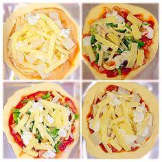 4種類のチーズと、冷蔵庫にあったお野菜で、焼きました♡ 我が家で好評の一品です(o^^o)♡ - 14件のもぐもぐ - 手作りチーズでベジタブルピザ♡ by namiy0919