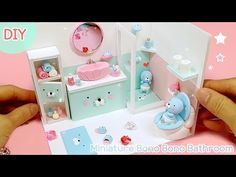 Miniature Crafts, Miniature Dolls, Diy And Crafts, Crafts For Kids, Clay Videos, Cute Clay, Homemade Toys, Kawaii, Craft Fairs