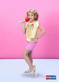 Kids Collection 2015 | Children's day | prints | estampas| t-shirt | shorts sarja pink | color jeans | sneakers | tênis estampado | floral print | estampa floral | tiara