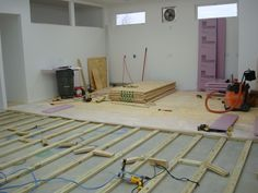 How to lay the floor over the concrete, can insulate with styrofoam