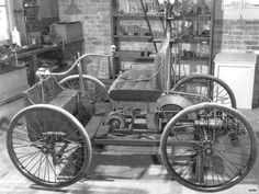 Henry Ford's first car, 1896. ✏✏✏✏✏✏✏✏✏✏✏✏✏✏✏✏ IDEE CADEAU / CUTE GIFT IDEA  ☞ http://gabyfeeriefr.tumblr.com/archive ✏✏✏✏✏✏✏✏✏✏✏✏✏✏✏✏