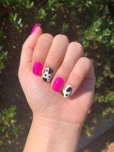 Pink Summer Nails, Bright Pink Nails, Bright Summer Acrylic Nails, Pink Gel Nails, Pink Nail Art, Shellac Nails, Nail Nail, Glittery Acrylic Nails, Cow Nails