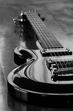 Check out our web page to get the best photography instructional videos, suggestions. Piano Photography, Musician Photography, Amazing Photography, Acoustic Guitar Photography, Black And White Aesthetic, Black N White, Photo Wall Collage, Picture Wall, Cool Electric Guitars