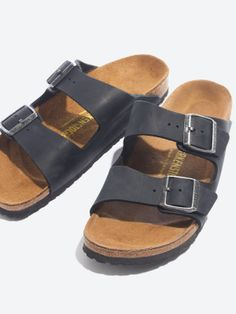 Need a pair of these ugly but lovely birckenstock sandals for next summer.