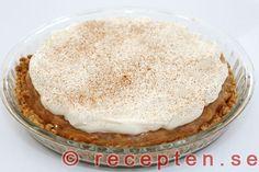 Strö över kanel på rabarberkolapajen Vanilla Cake, Tiramisu, Ethnic Recipes, Food, Essen, Meals, Tiramisu Cake, Yemek, Eten