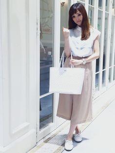こんにちは♡♡♡ ラコステ三宮店スタッフのせなです♡♡♡ 新しい時計を買いました︎♥︎ ラコステの時