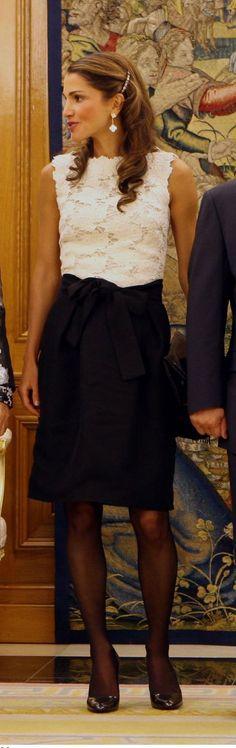Queen Rania Fashion : Queen Rania's Closet [In Progress], giambattista valli top