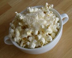 Happier Than A Pig In Mud: Grated Parmesan and Fresh Cracked Pepper Popcorn