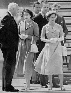 Princess Elizabeth, Queen Elizabeth Ii, My Princess, Princesa Margaret, Margaret Rose, Royal Queen, House Of Windsor, Quirky Fashion, Prince Philip