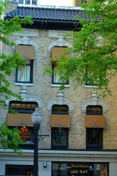 ~The Gold Coast Historic District, Chicago, Illinois ~ Visit Chicago, Chicago Travel, Chicago Neighborhoods, Places In America, Cool Restaurant, My Kind Of Town, Most Beautiful Cities, Chicago Illinois, City Lights