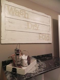 Pallet Laundry Sign
