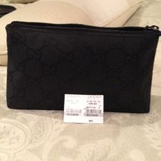 I just discovered this while shopping on Poshmark: Gucci makeup case. Check it out!  Size: Small