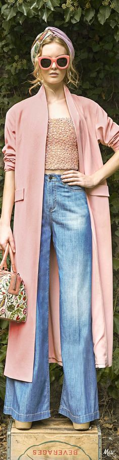 Natalie Graf 3/23 Spring 2017 Ready-to-Wear Alice + Olivia -- this outfit takes inspiration from the 70s with the long coat silhouette over a pair of flared pants. Shares the same style/silhouette as the model in the Seventeen Magazine ad.