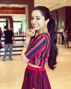 Shradhha kapoor HD wallpaper and hot look. Indian Celebrities, Bollywood Celebrities, Bollywood Actress, Pakistani Actress, Bollywood Stars, Bollywood Fashion, Shraddha Kapoor Saree, Priyanka Chopra, Deepika Padukone