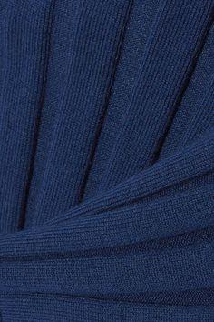 STYLE 12 Color: Storm Blue Fabric: 80% merino wool, 20% nylon