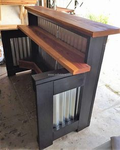 15f0b718fa608a48d6359a204f25530d--wooden-pallets-bar-ideas.jpg (710×887)
