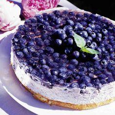 Kevyt mustikka-jogurttikakku (in Finnish only) - blueberry yoghurt cake Baking Recipes, Cake Recipes, Dessert Recipes, Finland Food, Delicious Desserts, Yummy Food, Scandinavian Food, Sweet Pastries, Sweet And Salty
