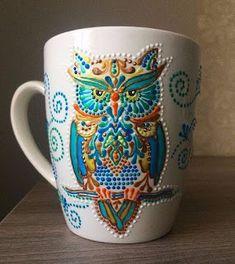 Aprende cómo decorar tazas con la técnica del puntillismo ~ cositasconmesh Mandala Art, Mandala Rocks, Mandala Painting, Dot Art Painting, Pottery Painting, Ceramic Painting, Stone Painting, Hand Painted Mugs, Painted Cups