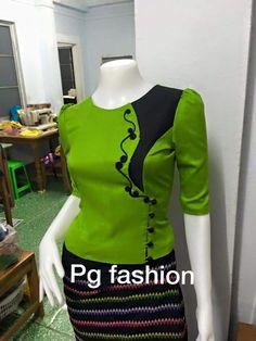 Traditional Dresses Designs, Traditional Outfits, Modest Outfits, Casual Outfits, Myanmar Dress Design, Dress Pesta, Myanmar Traditional Dress, Indian Designer Wear, Saree Blouse Designs
