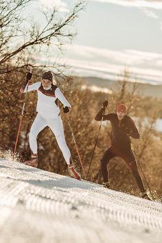 maloja crosscountry skiing - langlauf Ski Outfits, Nordic Skiing, Cross Country Skiing, Winter Beauty, Winter Sports, Volleyball, Skating, 1990s, Ontario