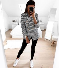 Classy Winter Outfits, Fall Outfits, Casual Outfits, Look Fashion, Fashion Outfits, Womens Fashion, Fashion Trends, Fashion Online Shop, Mode Cool