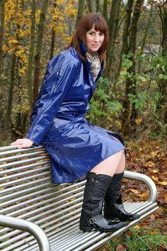 pvc regenmantel fetisch bizarr münchen