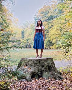 https://flic.kr/p/EWpyyV | Maria_MamiyaRZ67_110mmSekor_Kodak_Portra | - Portrait session with a Brazilian Girl in traditional Bavarian Cloths from Germany -  Mamiya RZ67                                      Mamiya Sekor Z 110/2,8  Kodak Portra  Development & Scan: meinfilmlab.de    #MamiyaRZ67 #Mediumformat #120 #Film #Analog #ilovefilm #filmisnotdead #35to220 #Brazilian #girl #woman #female #portrait #KodakPortra160 #C-41 #fashion #dirndl #tracht #bayern #bavarian