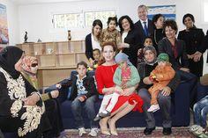 قامت صاحبة السمو الملكي الأميرة للا سلمى، رئيسة مؤسسة للا سلمى للوقاية وعلاج السرطان، يوم السبت، بزيارة لدار المستقبل بالرباط.  15/02/2014