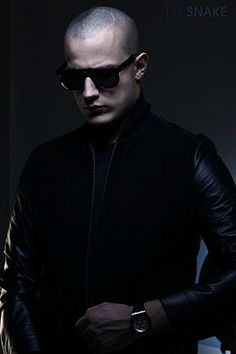 """TIL In his youth DJ Snake produced graffiti art earning him the moniker """"Snake"""" because he was able to consistently evade the police. Edm Music, Dance Music, New Artists, Music Artists, French Dj, Dj Photos, Dj Pics, Disco Songs, Alesso"""