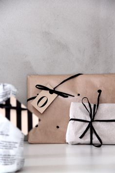 homemeetsdesign:  Wrapping ideas, again! Via Kotipalapeli and much more in the magazine!
