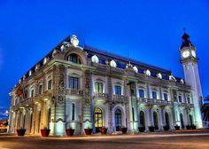 El edificio del reloj. Valencia
