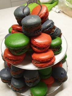 Discover the best french pastry recipes and delicious, easy baking chocolate treats. Christmas, Easter and seasonal cooking recipes will take you even further - to the unique plate and table dressings, incluidng the original home decorating ideas. Pastry Recipes, Cooking Recipes, My Dessert, Chocolate Treats, French Pastries, Macarons, Plates, Baking, Easy