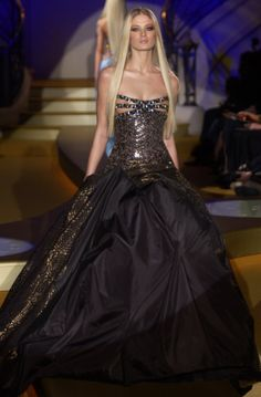 Versace: love every detail of this dress! It's a must! wheres the ball at???