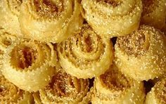Kserotigana (aka Diples - fritters with honey and nuts) - iCookGreek Christmas In Greece, Greek Christmas, Greek Desserts, Greek Recipes, Festive Bread, New Year's Cake, Sugar Rush, Fritters, Christmas Traditions