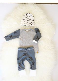 cb0ebd9fb Boy Coming home outfit Newborn organic baby clothing by Londinlux Moda Para  Bebes