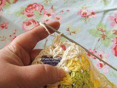 Crochet tutorial: joining granny squares 6
