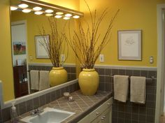 Decorate Bathroom Using Yellow Color Can Give Warmth Many Decorating Ideas You Are Free To Choose Start From Modern And Casual