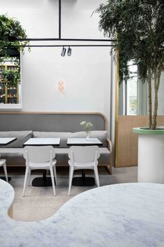 RUNNER UP – Best restaurant design. Pinterest UK Interior Awards 2018. Redroaster cafe in Brighton. Designed by Stella Collective.