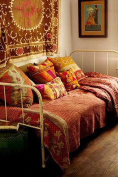 Guest room - Indian Influences saree sari bed decor style india bedding quilt cover.